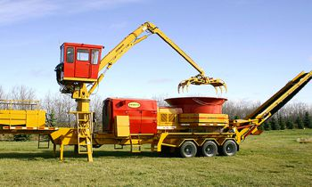 CroppedImage350210-1155GL-Grapple-Loader-582x325.jpg